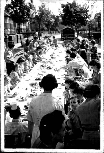 {VE day Street party in Pinner}